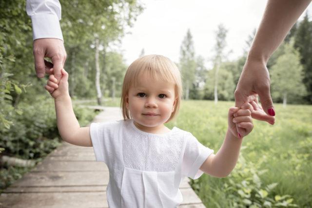 portrait d'enfant extérieur